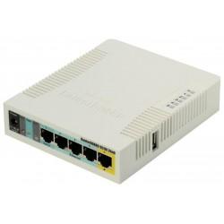 MikroTik RouterBOARD RB951Ui-2HnD 128 MB RAM/ 600 MHz/ 5x LAN/ 1x USB/ MIMO (2x2)/ 2.4Ghz 802b/g/n/, 1x PoE, vč L4