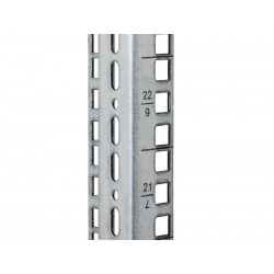 Triton vertikální lišta 15U čtvercový otvor 9,5x9,5mm